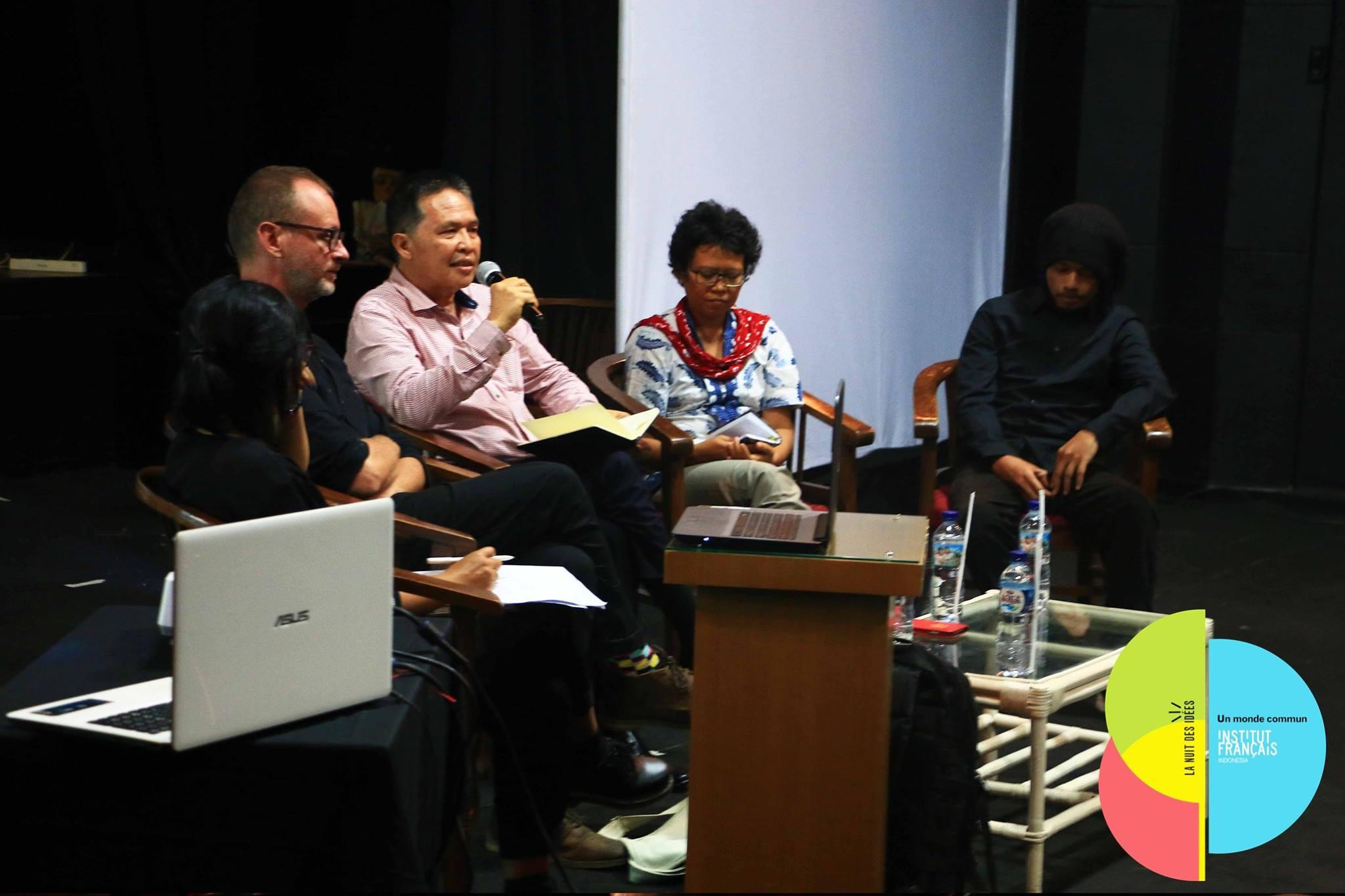 indonésien site de rencontre Raccorder 2 moniteurs à Mac mini